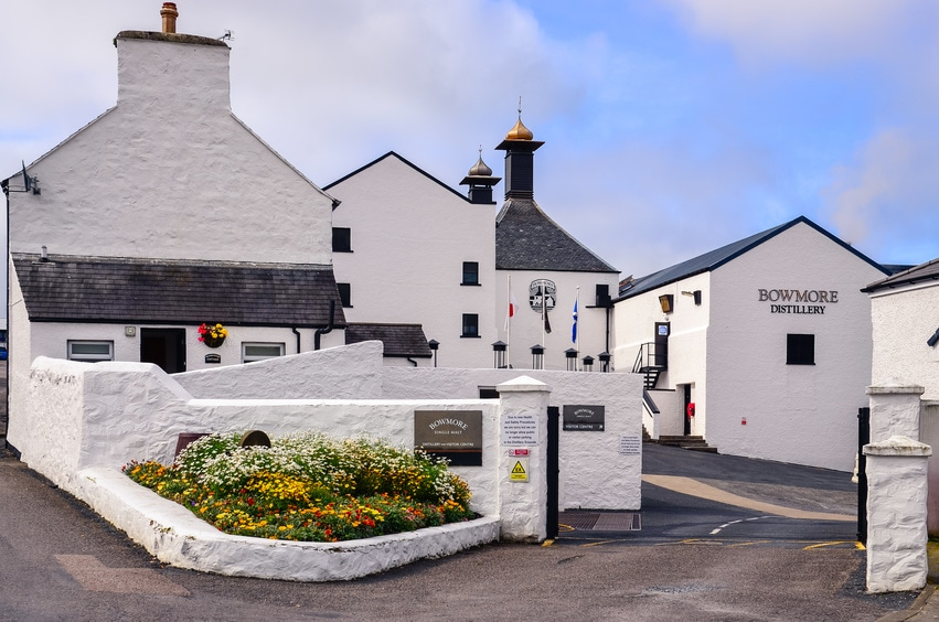 An outside shot of the Bowmore whisky distillery in Scotland