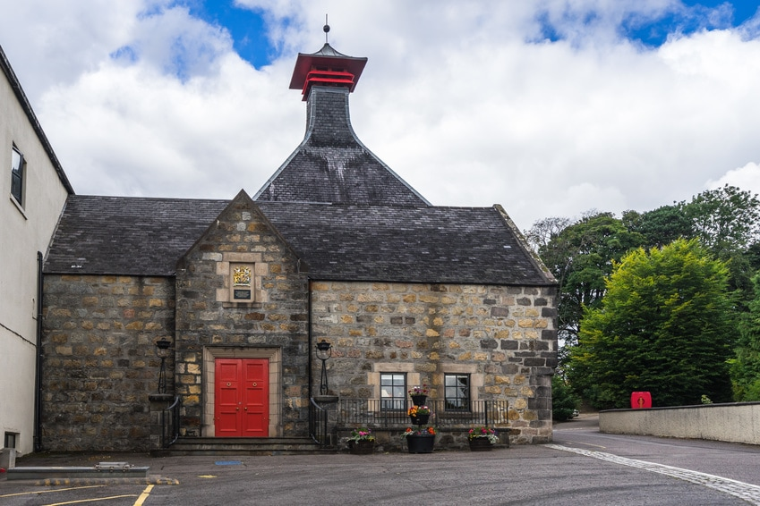 An outside shot of the Cardhu whisky distillery in Scotland