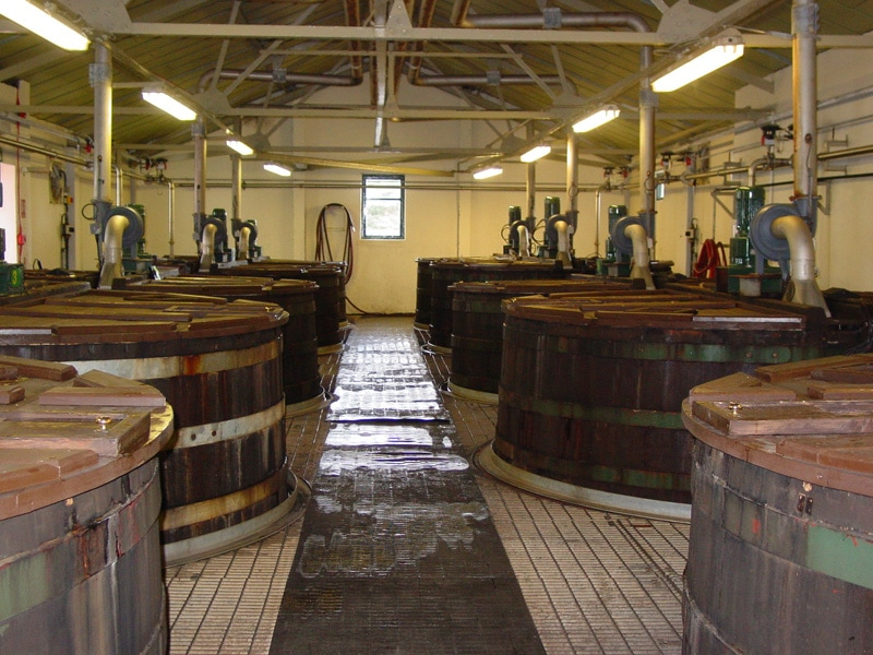 Whiskey wash tanks