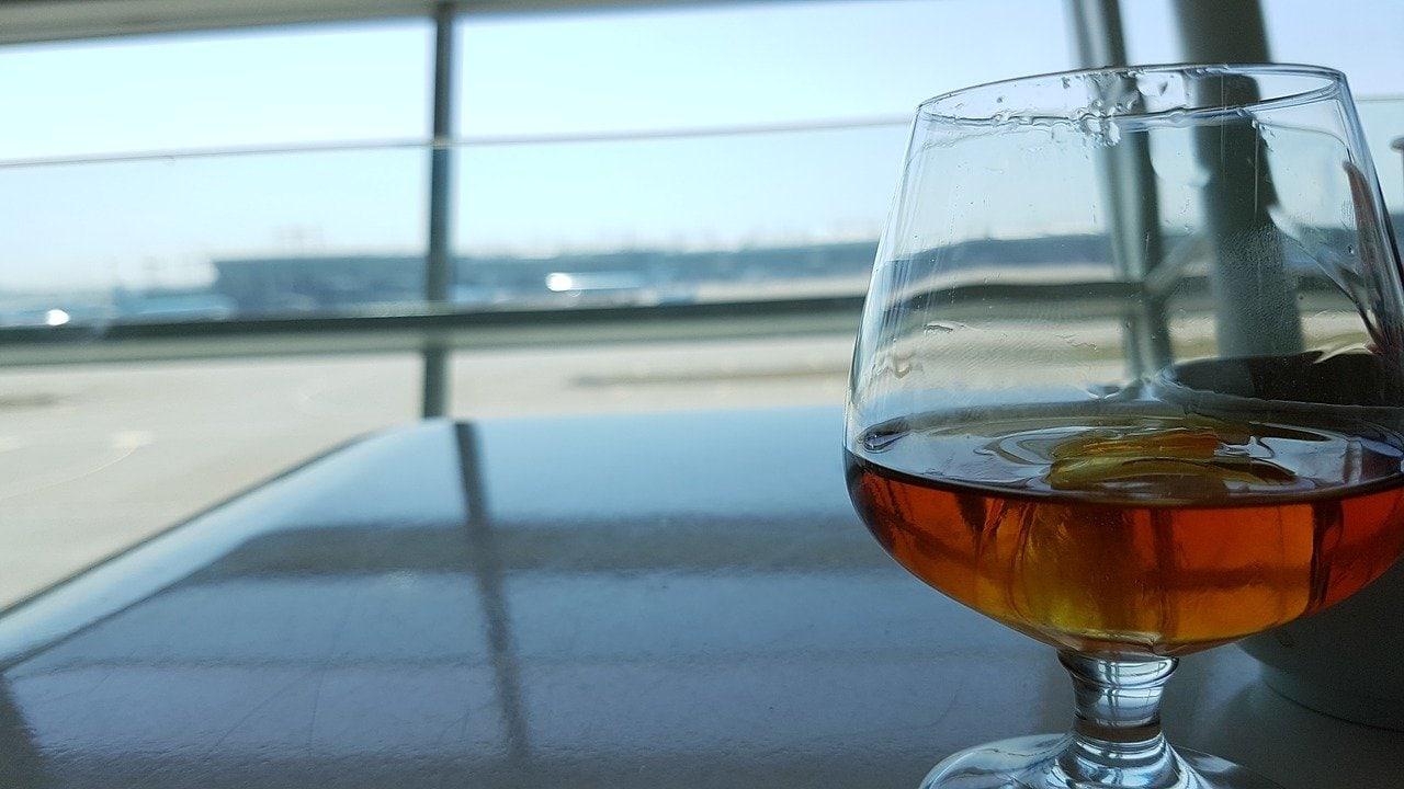 A snifter glass